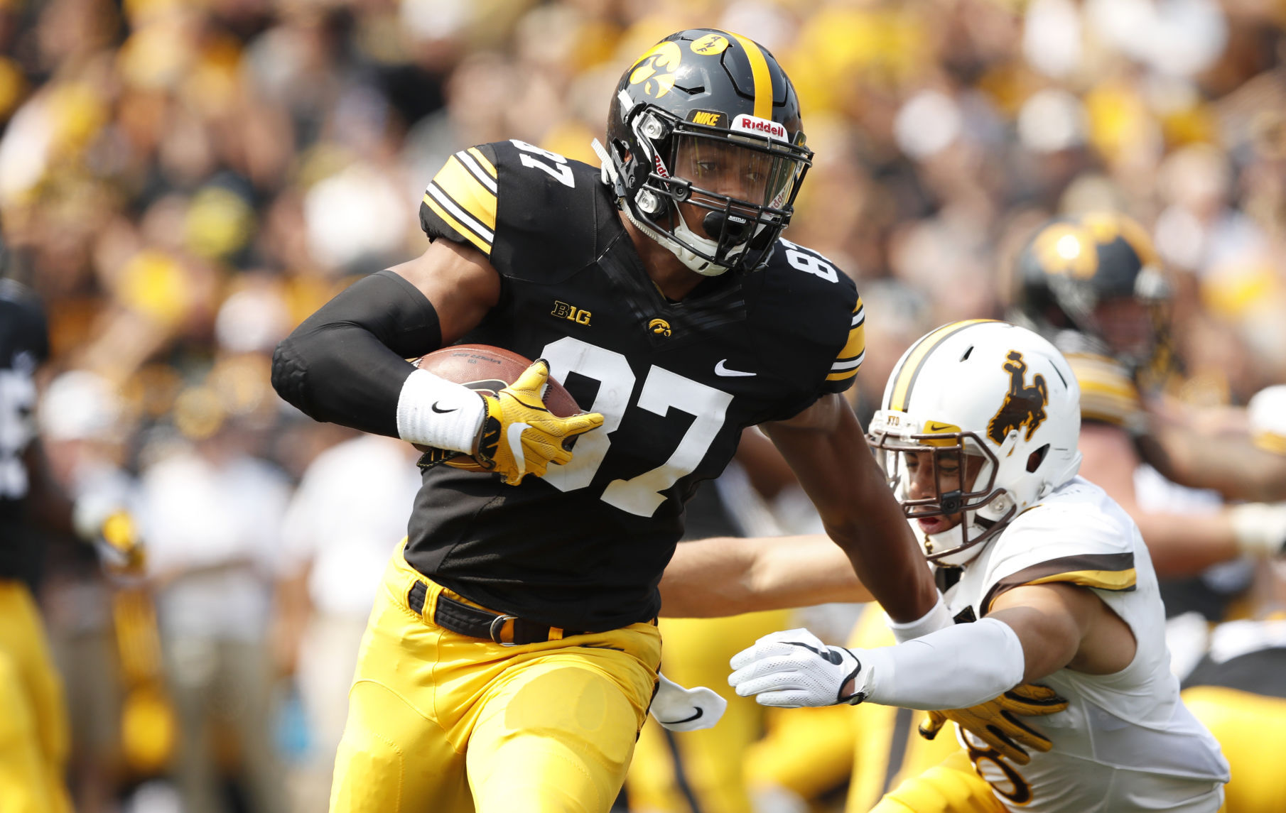 Wyoming Loses Opener at Iowa, 24-3