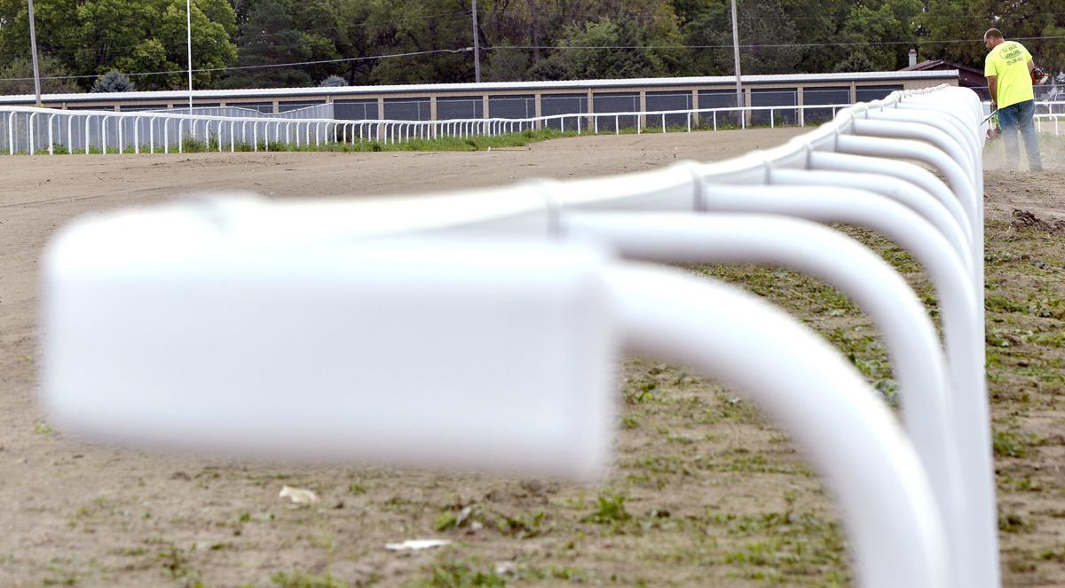 Ho-Chunk horse racing