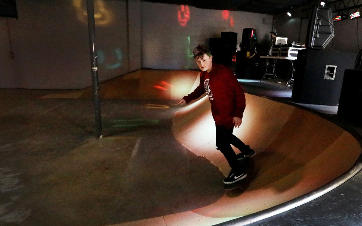 HORLYK: New venue gives Siouxland skateboarders an indoor option ...