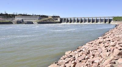 Home Yankton Gavin's Point Dam