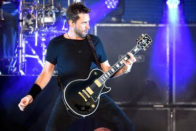 REVIEW: Nickelback gives fans the hits, a little more