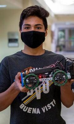 "Axel Hernandez shows off ""sumo-bot"" school project"