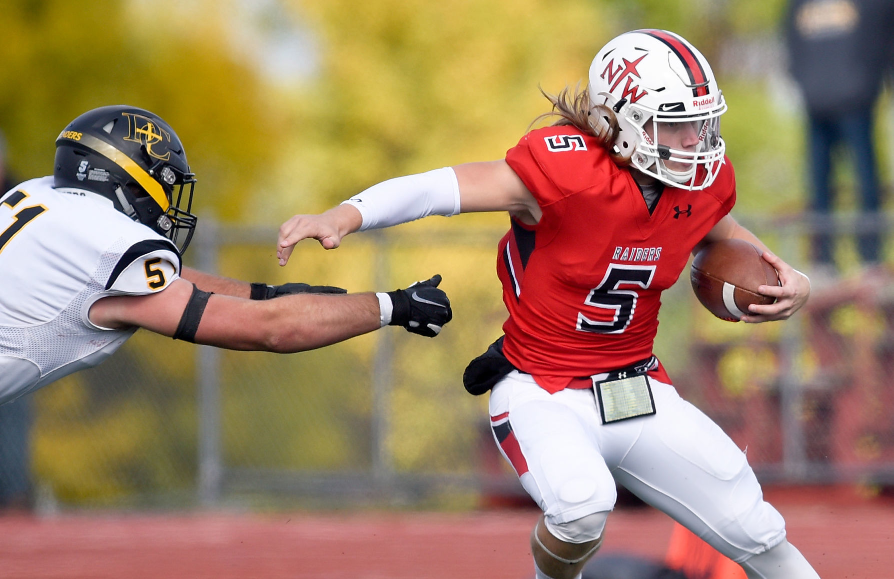 Northwestern College Football Team Goes Into Season With Chip On Its Shoulder College Sports Siouxcityjournal com