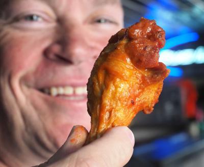 Hot Wings at Eddie's Tavern