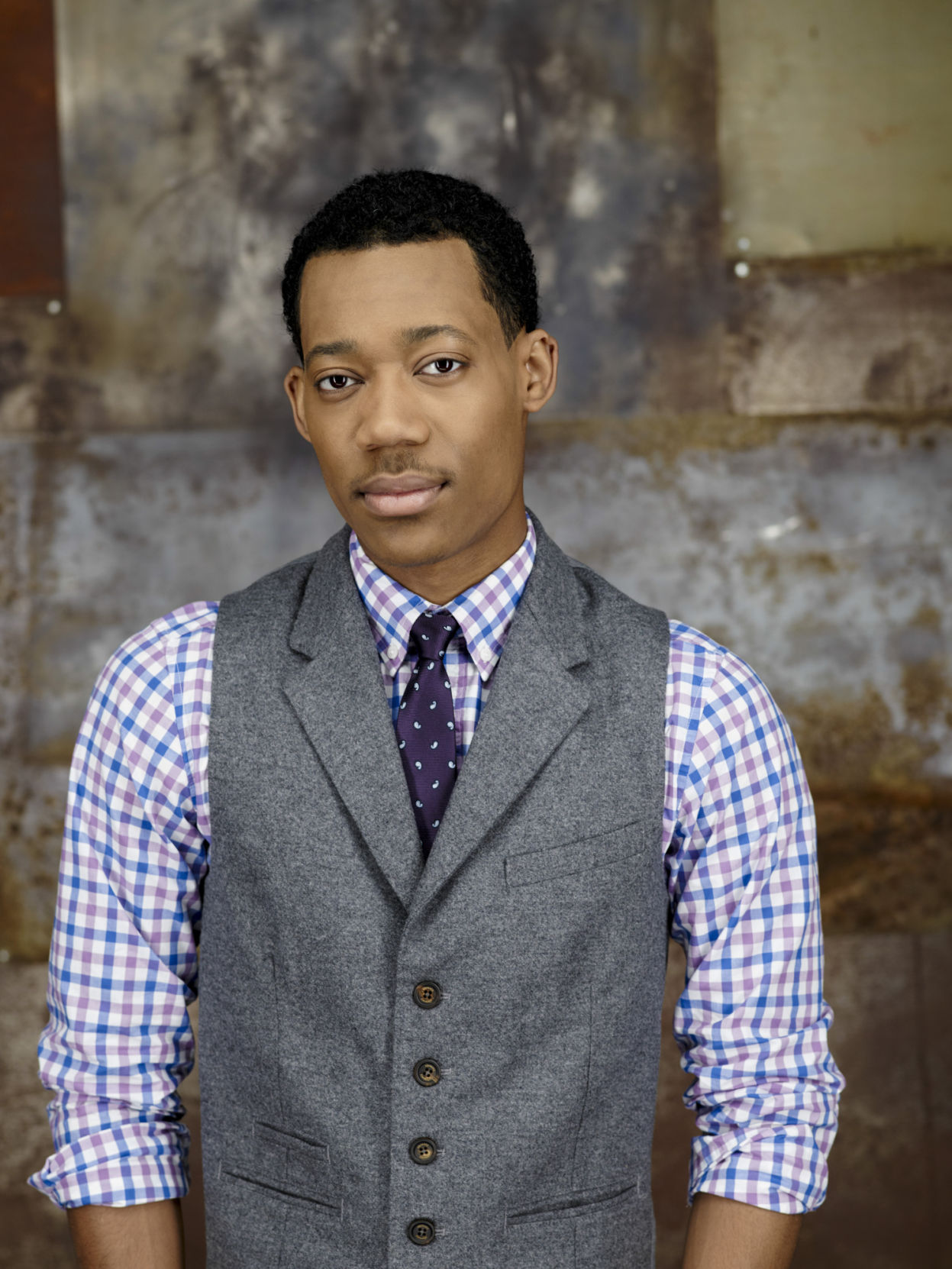 tyler james williams height