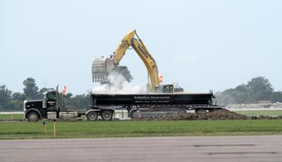 Sioux Gateway runway reconstruction