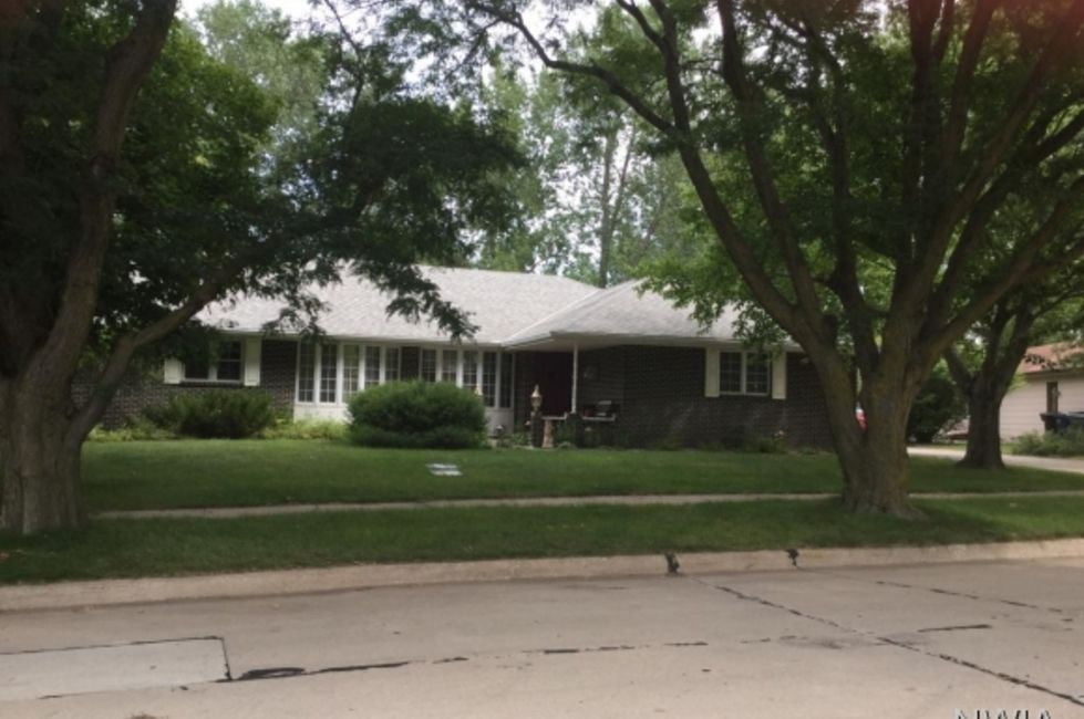 Big Homes Just Listed In The Sioux City Area Home And