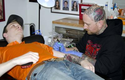 Andy Bagshaw Living Art Tattoo