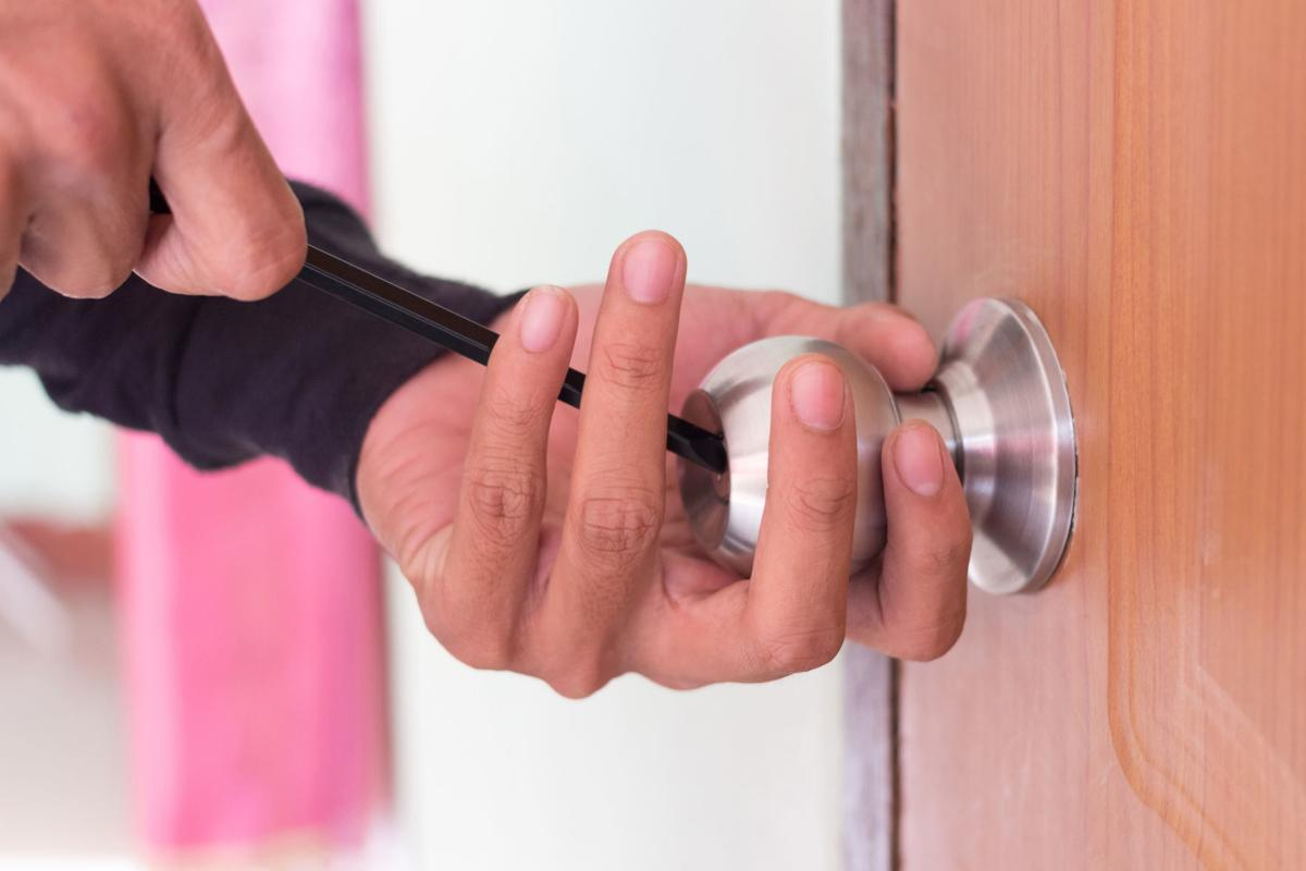 Ask Angie's List: What's the key to hiring a reputable locksmith? | Siouxland Homes | siouxcityjournal.com