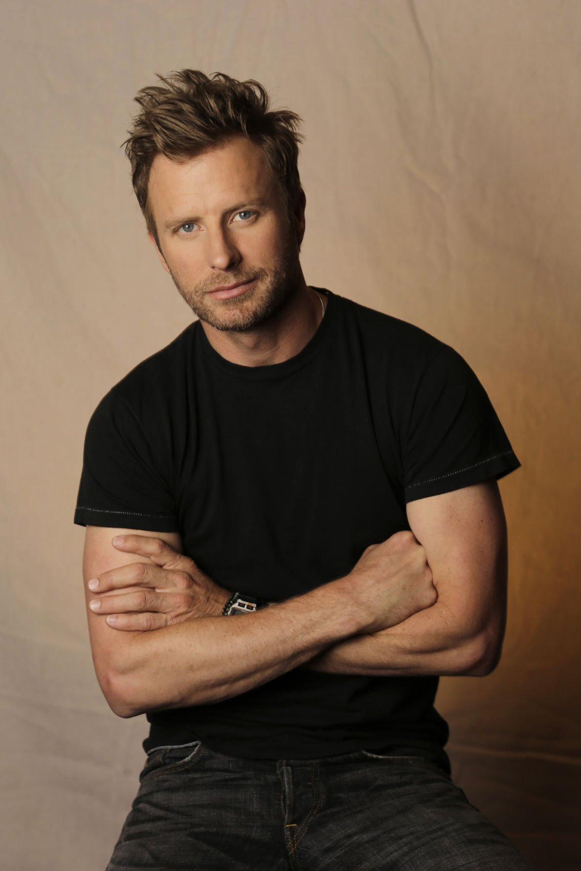 Dierks Bentley Delves Into Dark Side Of Love In New Album
