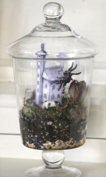 Make A Haunted Terrarium For Halloween Home And Garden
