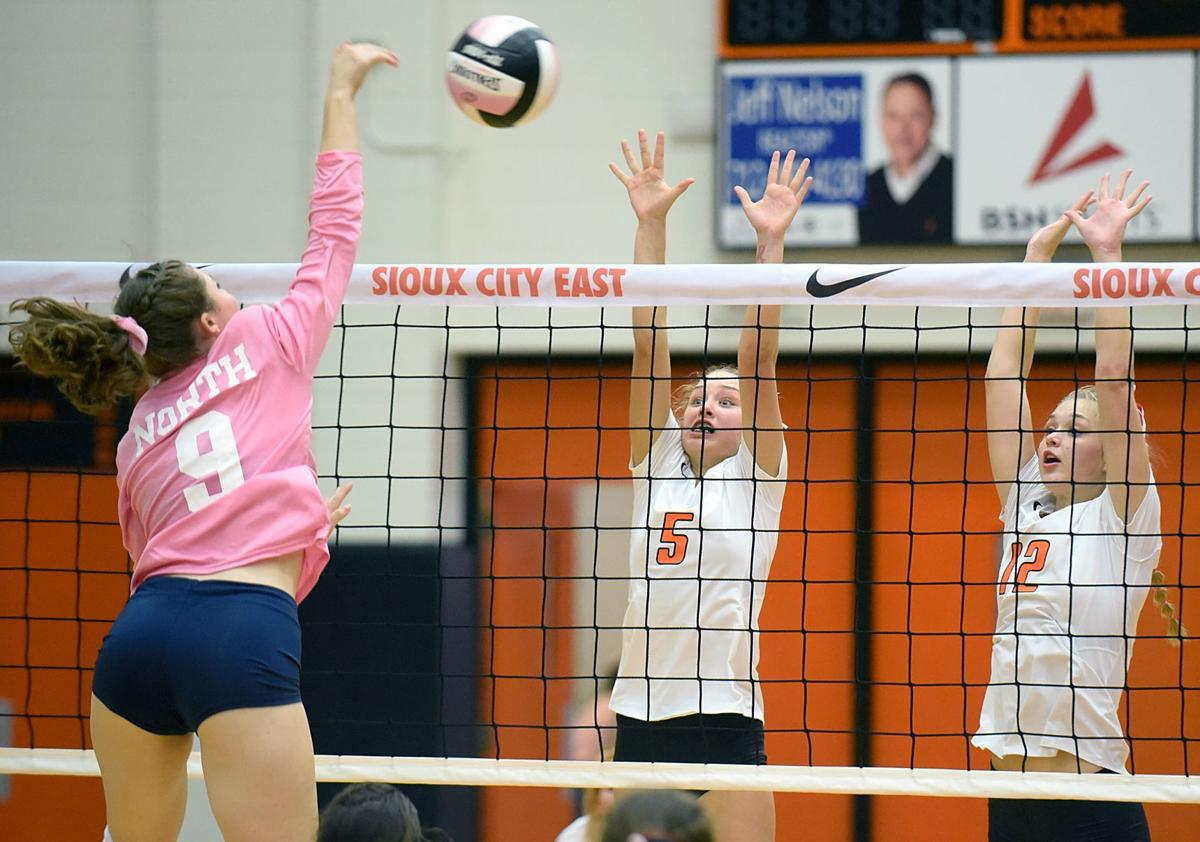 Volleyball Sioux City North at Sioux City East