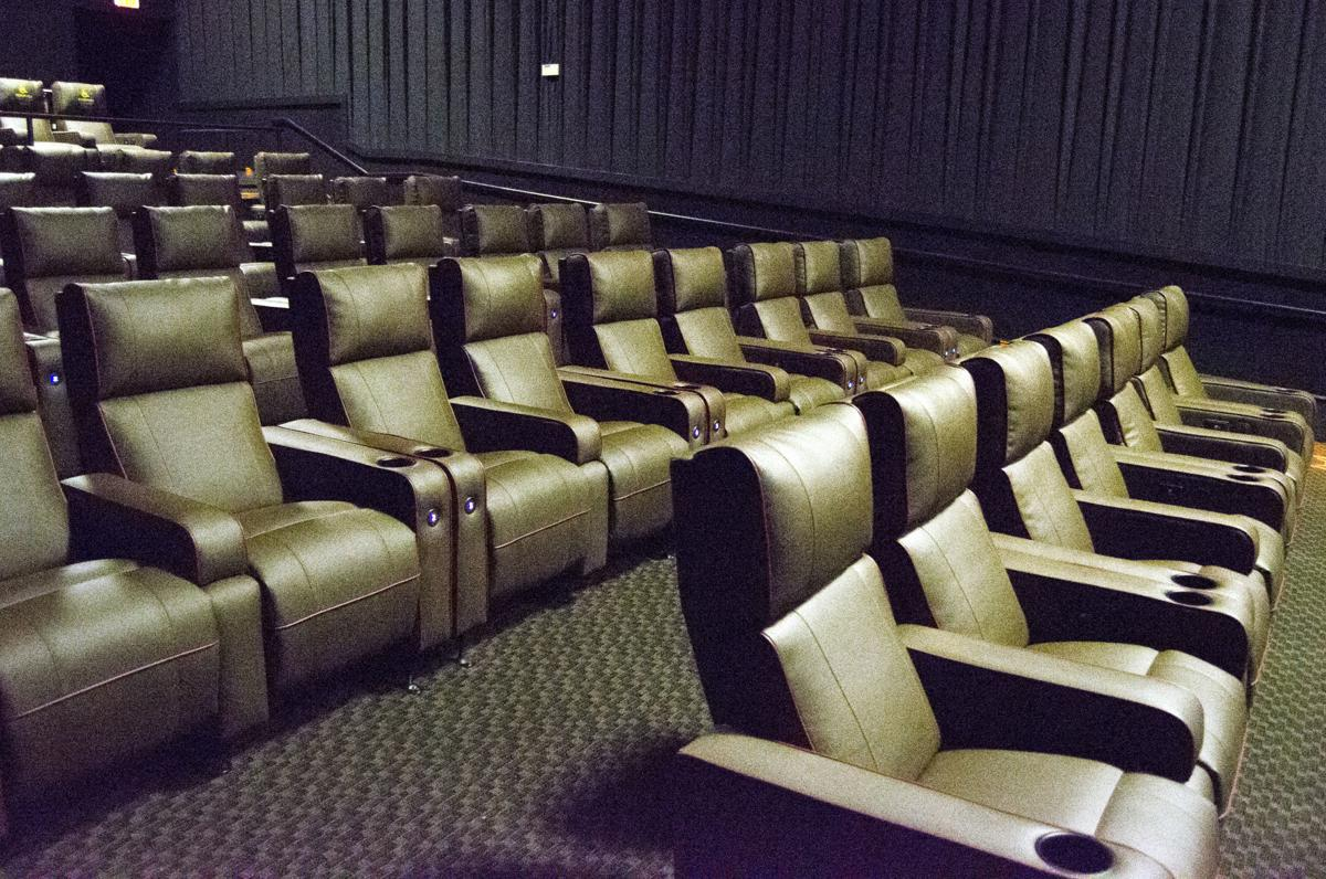Phenomenal Amc Southern Hills 12 In Sioux City Now Offers Reclining Pabps2019 Chair Design Images Pabps2019Com