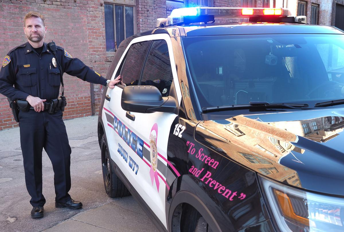Police vehicle tribute to cancer survivors and victims