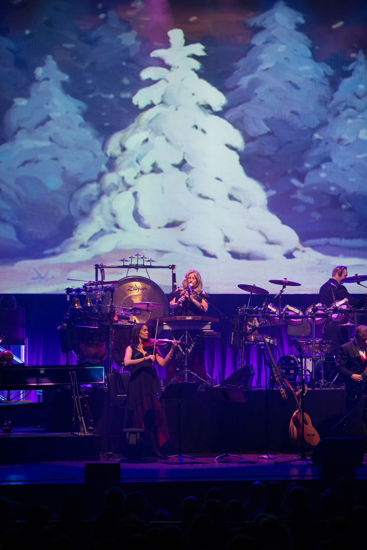 REVIEW: Mannheim Steamroller gets season going with familiar ...