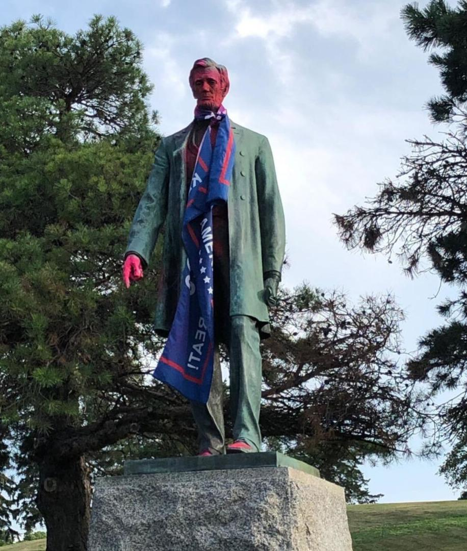 Lincoln statue vandalism