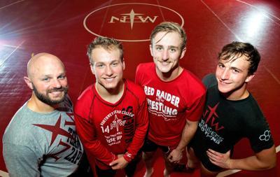 Northwestern Wrestling Dahls