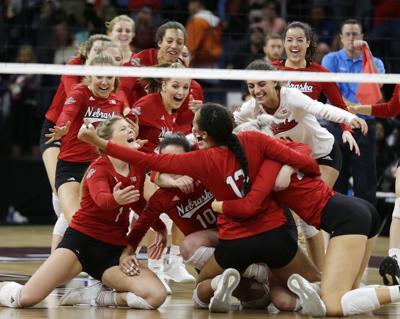 Nebraska Illinois Volleyball