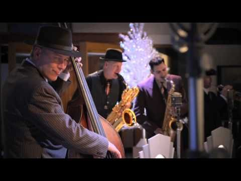 Big Bad Voodoo Daddy Says There S Plenty Of Christmas For