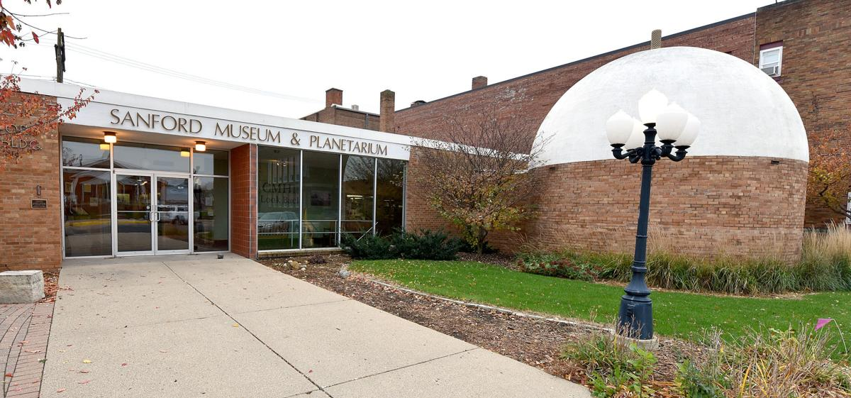 Sanford Museum & Planetarium projector