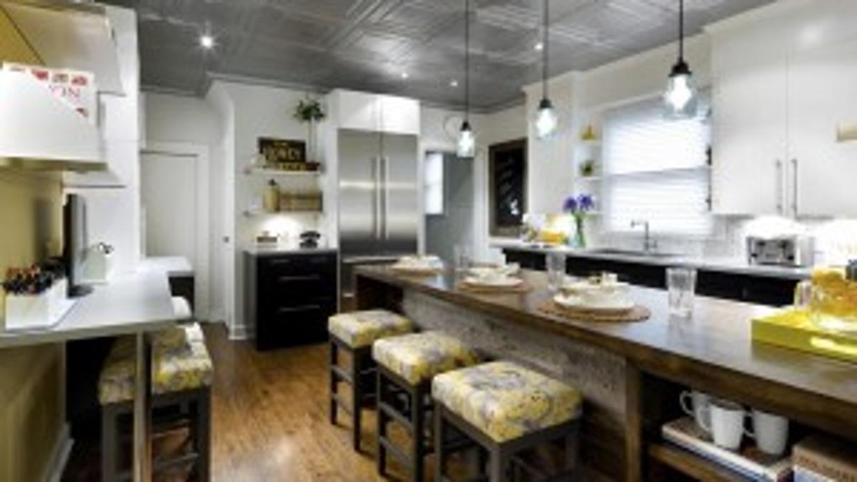 Candice Tells All A Kitchen Face Lift That Really Cooks Home And Garden Siouxcityjournal Com