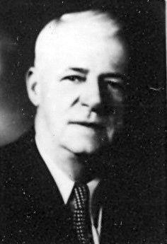 Detective Ed Becker
