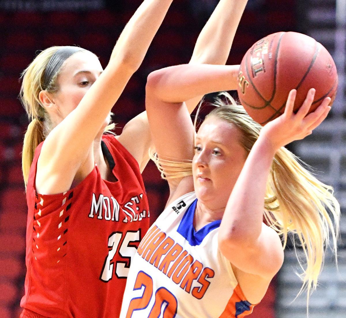 Sioux Center vs Monticello state basketball