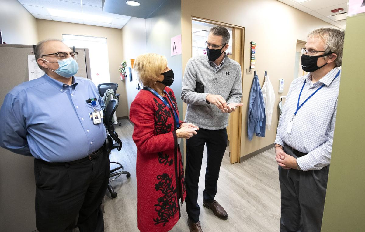 Randy Feenstra tours Siouxland Community Health Center 1