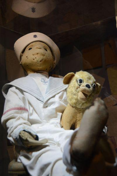 If you go to Key West, Fla , beware of Robert the Doll | Travel