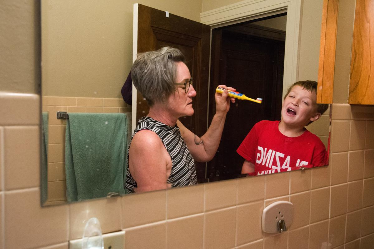 Grand parenting: Siouxland woman forms support group for