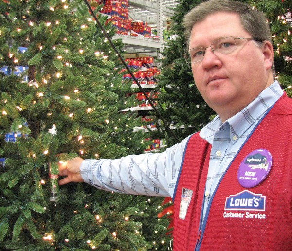 Does Lowes Sell Christmas Trees: Trends: Scentsicles Bring Freshly Cut Pine Smells To