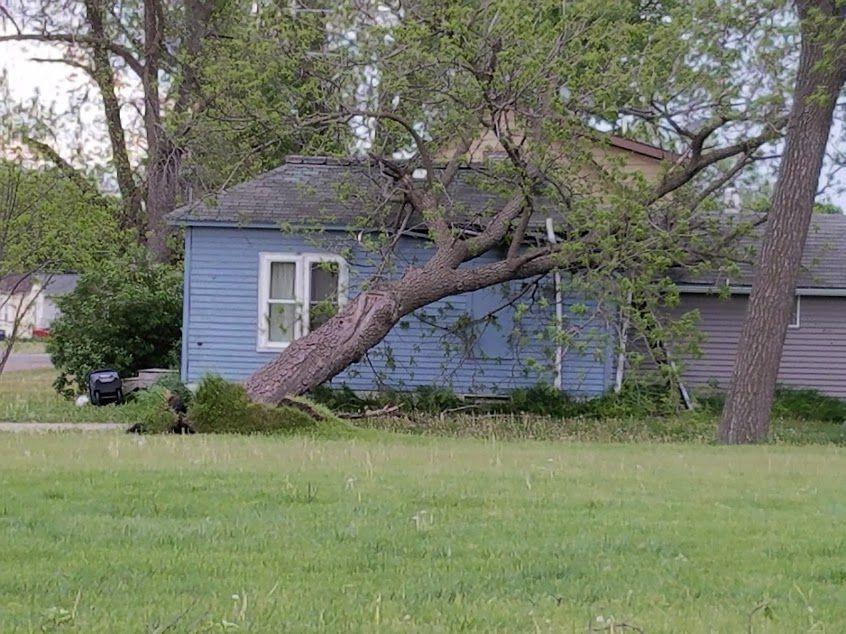 Lake Park wind damage to house