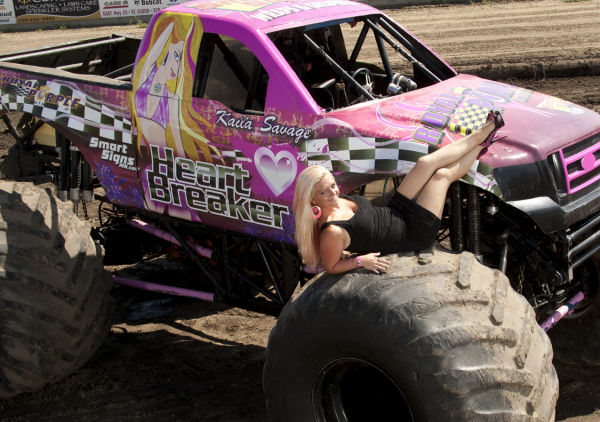 Monster Truck Nationals Comes To Sioux City Weekender Sports Siouxcityjournal Com