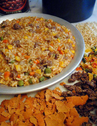 Eating well on the trail: Hikers dehydrate home-cooked meals