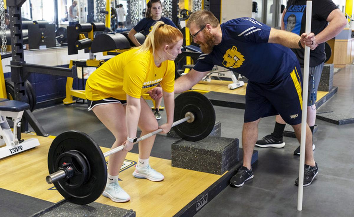 Shane Maier works with BVU athletes