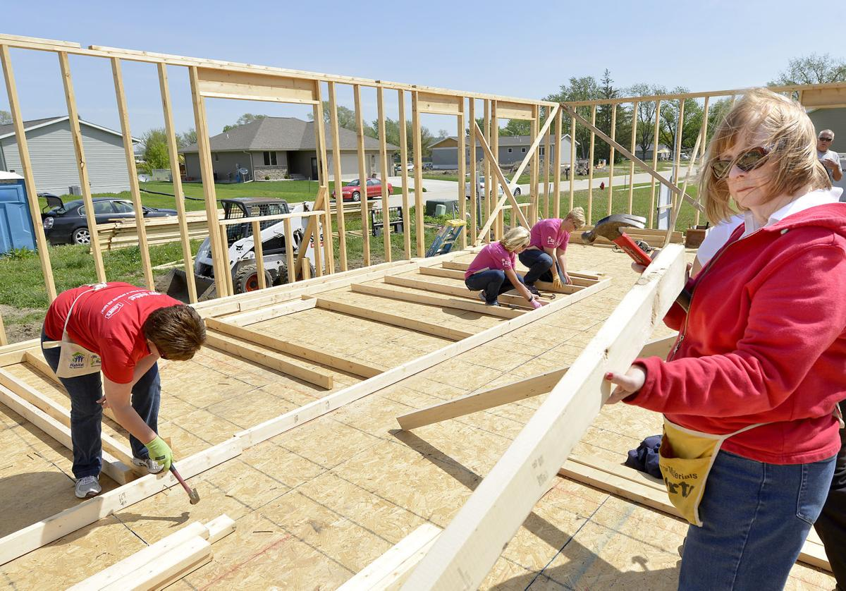 Women Build Week at Siouxland Habitat for Humanity