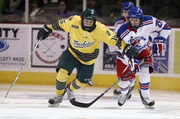Photos Musketeers Hockey Vs Des Moines Buccaneers Sports