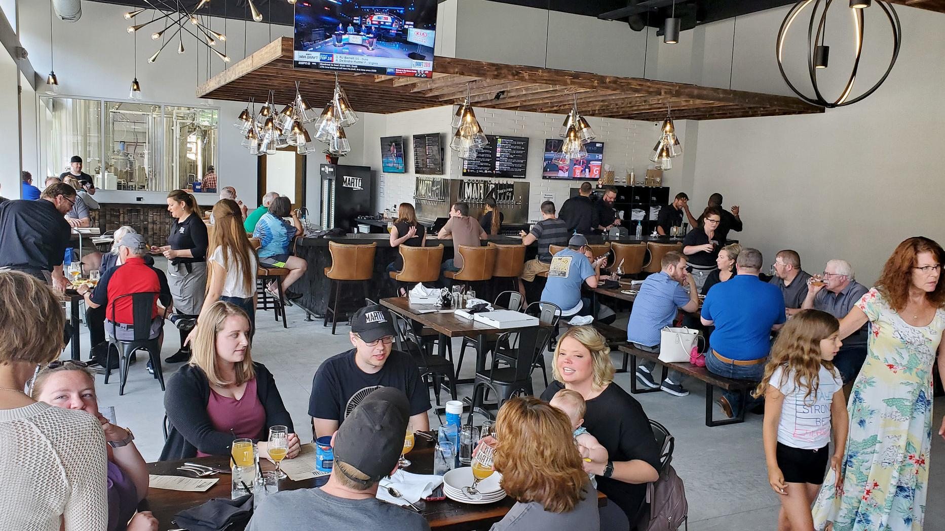 Updated Reynolds Orders Iowa Restaurants Bars To Suspend On Site