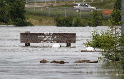 Levee breach reported near Missouri Valley | Local news