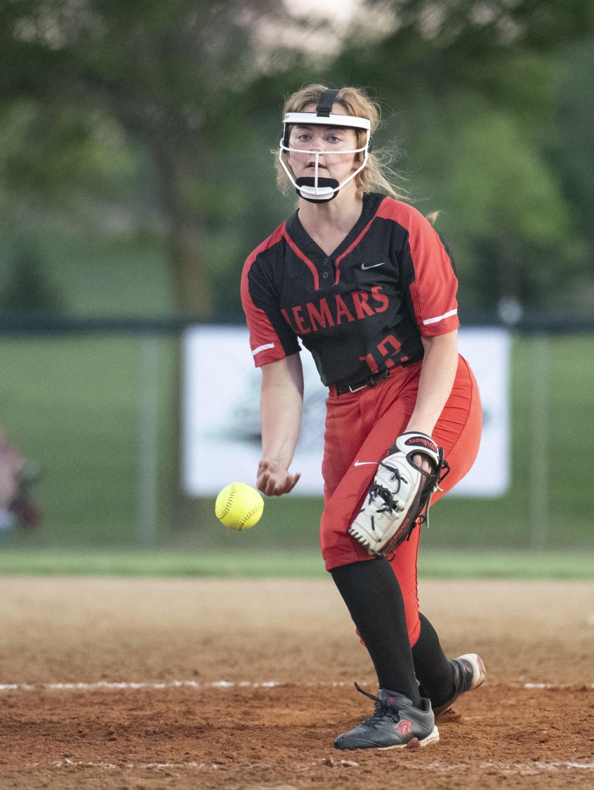 West vs Le Mars softball