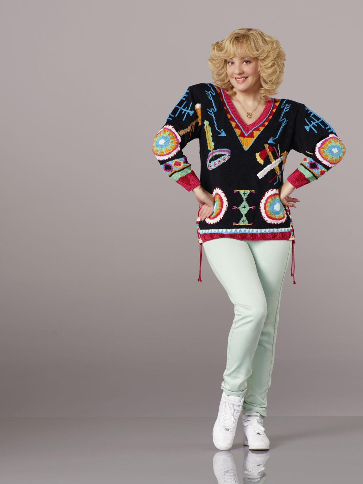 Finding Mom Its All In The Wig Says Wendi Mclendon-Covey -4225