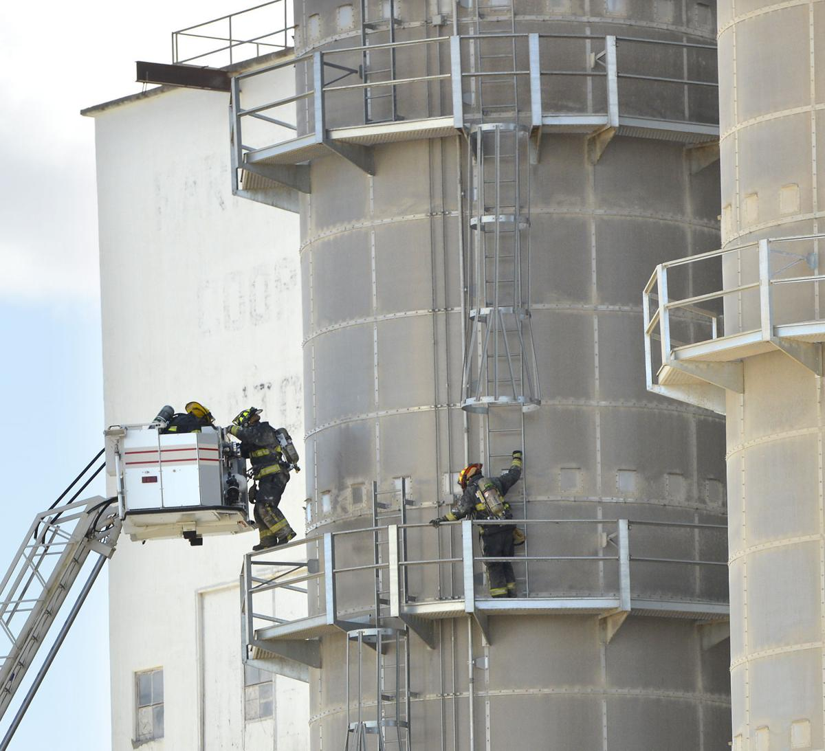 purchasing iowa elevators Group 5 - chapter 3 case write-up (scm 355)  iowa elevators is a large company,  the smaller elevator operations purchasing department would oversee the.