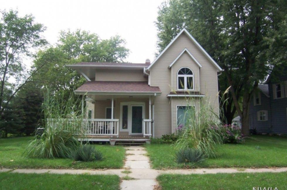 5 Bedroom Home in Sloan - $115,000