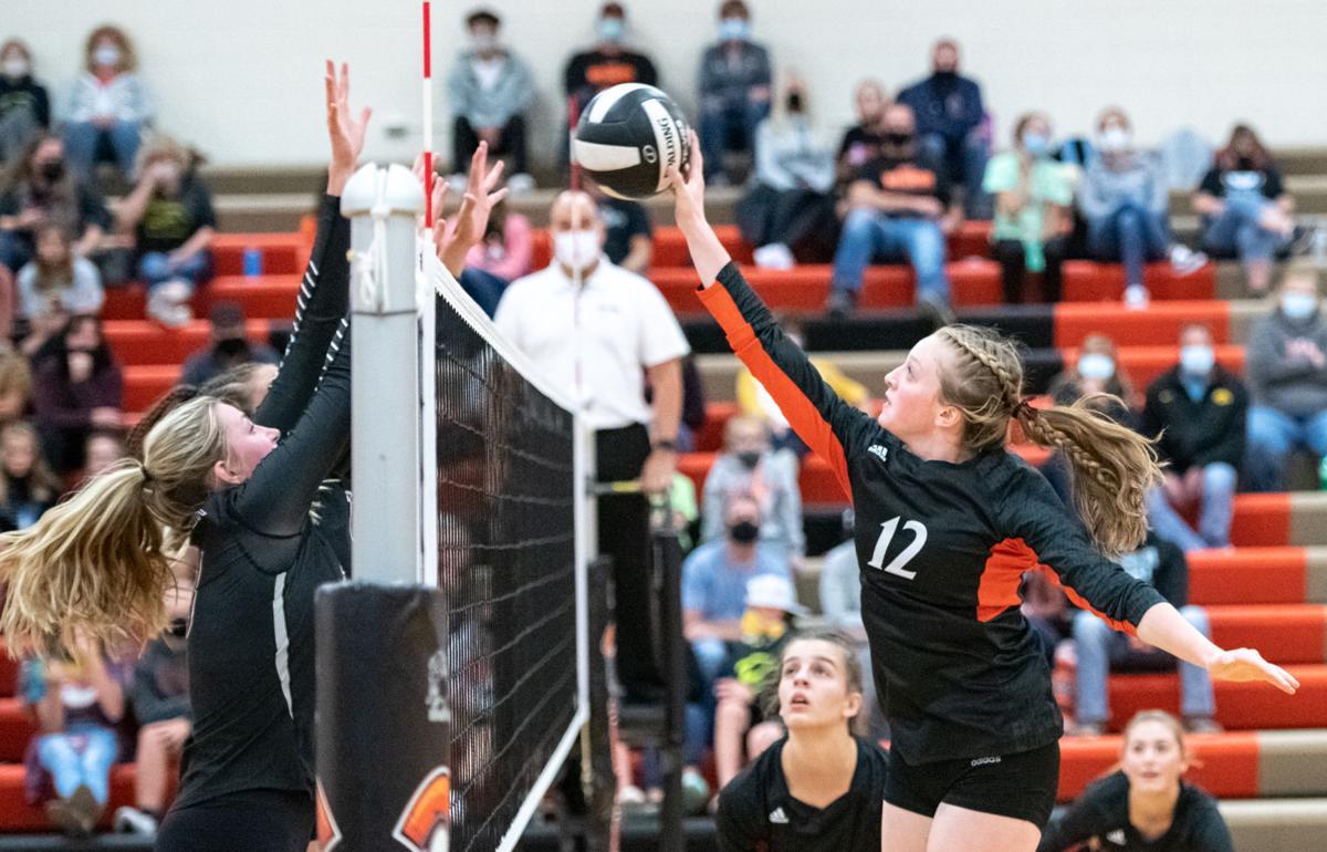 Sergeant Bluff-Luton vs Western Christian volleyball