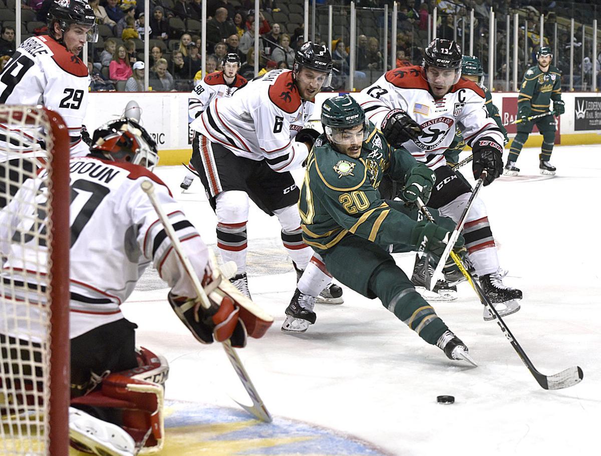 Musketeer vs Black Hawk USHL Western Conference Finals hockey