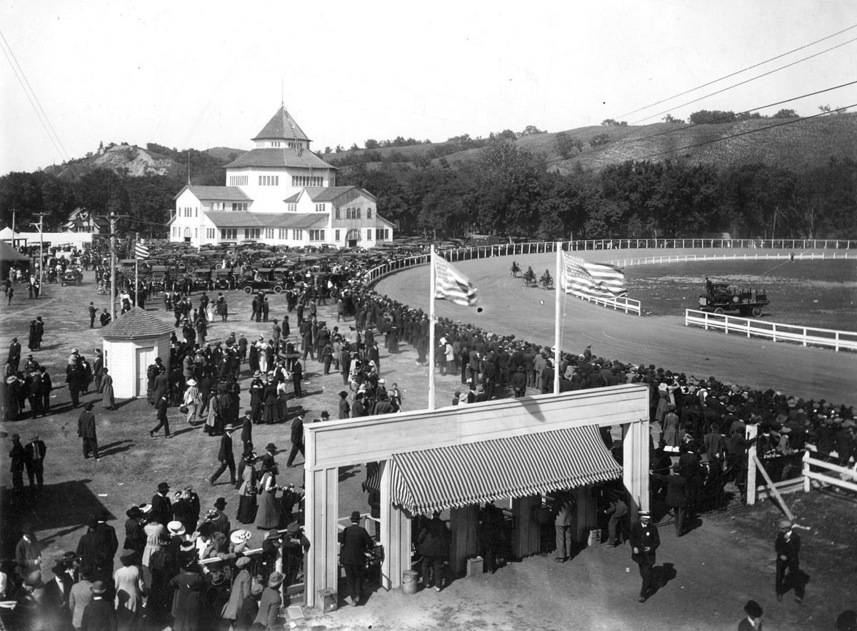 : Interstate Live Stock Fair horse races