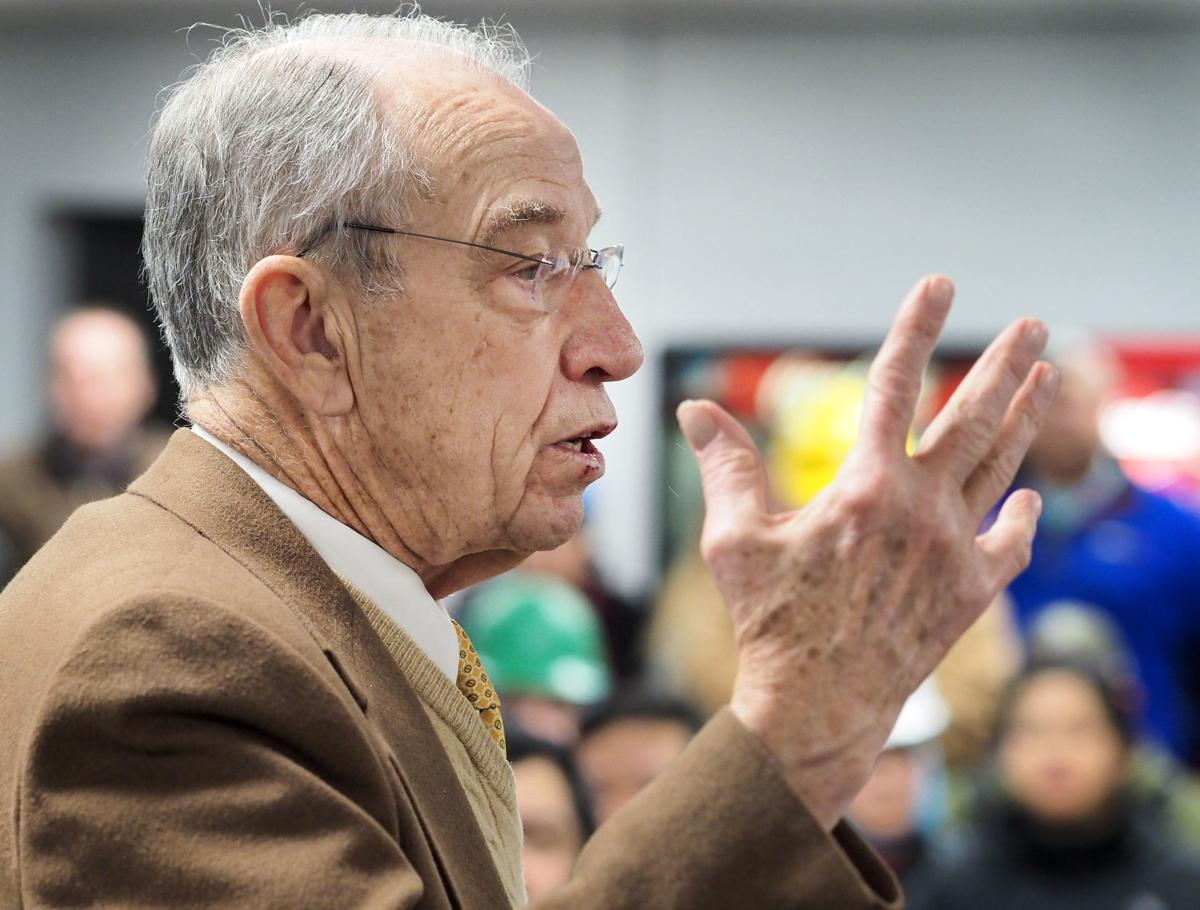 Grassley visits Cloverleaf Cold Storage