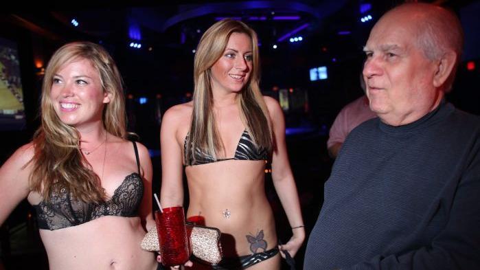 strip clubs in south beach girls