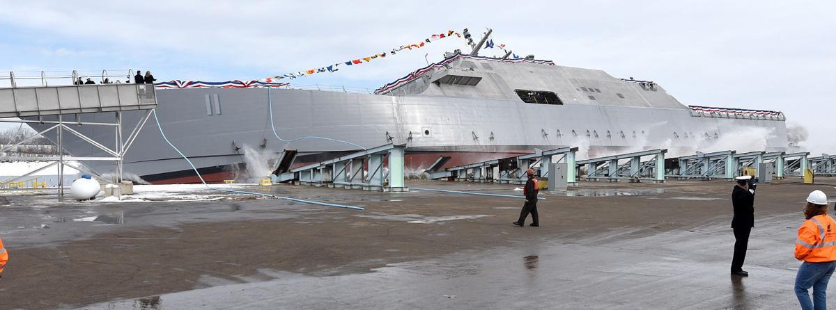 USS Sioux City launch