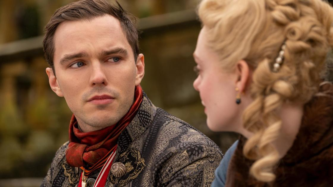 REVIEW: Elle Fanning, Nicholas Hoult reign in lush series ...